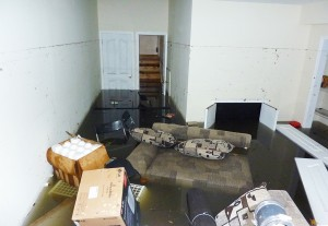Approach A Flooded Basement Properly